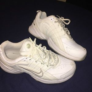 Nike women's kicks